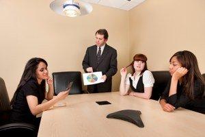 Bild eines Meetings, bei dem die teilnehmer abgeschaltet haben